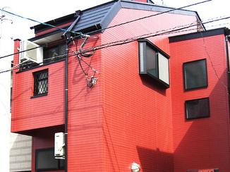 外壁・屋根リフォーム 外観を赤いタイル調に一新
