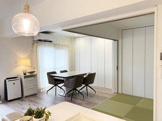内装リフォーム 家具や照明とも相性抜群!白で統一したLDK