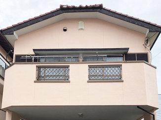 外壁・屋根リフォーム 明るいカラーでキレイになった外壁
